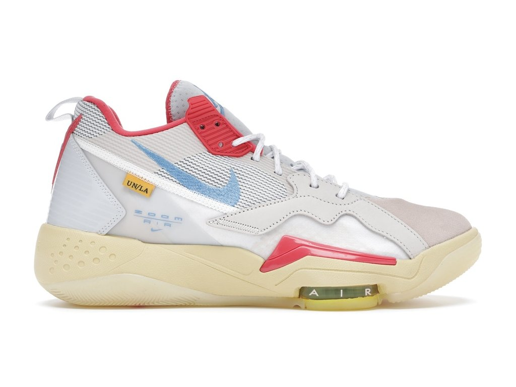 Air Jordan Zoom 92 Union Guava Ice.png 2